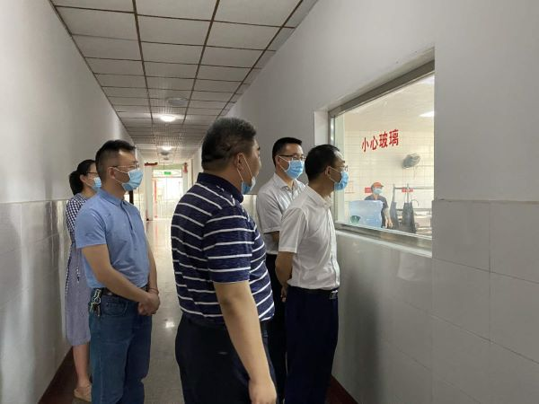 市民政局王建祥局长,李敏良副局长视察食品安全工作